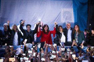 CFK destacó que el resultado de las PASO se debió a las políticas que aplicó el Gobierno de Macri