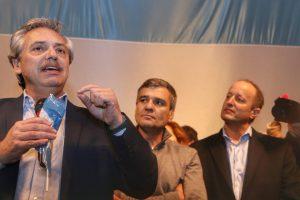 Fernández dijo que si gana las elecciones irá a New York a explicar su política económica