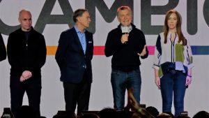 Macri reconoció que la coalición oficialista tuvo «una mala elección», aunque pidió mirar a octubre