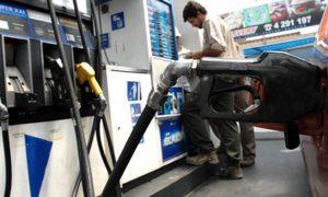 Por el congelamiento de las naftas, gobernadores de provincias petroleras irán a la Justicia