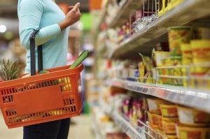 Según Defensa del Consumidor se verifican bajas en precios de productos por la quita del IVA