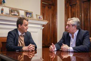 En campaña por el sur cordobés, Alberto Fernández recibió el apoyo de más de 60 intendentes