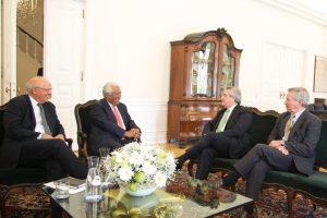 Alberto F. calificó como «muy productivos» los encuentros que mantuvo en España y Portugal
