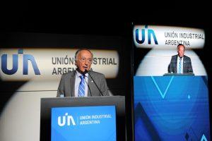 La UIA pidió a la dirigencia argentina «acordar» un modelo de país