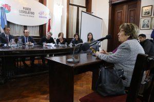 Pese al rechazo de la Coalición Cívica y el vecinalismo, el pliego de Angulo avanza en la Unicameral