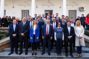 En plena campaña, Alberto F. encabeza acto con gobernadores en Mendoza