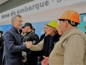En el marco de la crisis, Macri afirmó que su tarea «es que ningún argentino quede atrás»