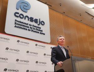 """Macri destacó que se vive en «una república libre"""" aunque admitió que falta «seguir encaminando» la economía"""