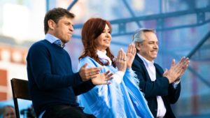 En cierre de campaña, Alberto F. cargó contra Macri y reafirmó que la «Argentina se pondrá de pie»