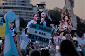 """""""Ese país que soñamos está mucho más cerca de lo que podemos ver"""", dijo Macri en el #SiSePuede misionero"""