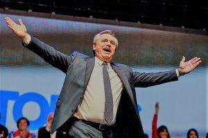 «¿Qué hubiera dicho si pasaba en Venezuela?», chicaneó Alberto F. a Macri por la crisis en Chile