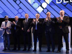 Elecciones: lejos de los pronósticos, Alberto F. se impuso por siete puntos sobre Macri