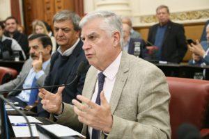 Espada schiarettista le pidió a la Nación que intervenga ante las «asimetrías» en los precios de los combustibles
