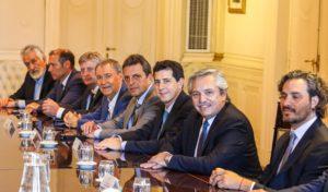 «La voluntad de mi gobierno es trabajar junto al presidente», dijo Schiaretti tras su paso por «La Rosada»