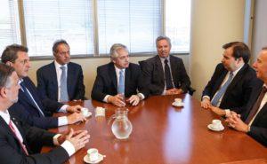 Alberto F. confirmó a Solá como canciller y a Scioli como embajador en Brasil