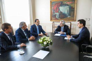 El presidente les adelantó a los gobernadores radicales la suspensión del acuerdo fiscal