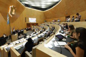 Con el apoyo de la UCR, el oficialismo ratificó el Consenso Fiscal 2019 que rubricó Schiaretti y el presidente Fernández