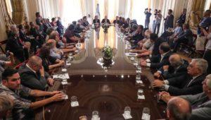 Funcionaria albertista criticó la ausencia de mujeres en la reunión multisectorial