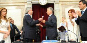 Schiaretti reforzó el mensaje de trabajo «codo a codo» con el nuevo presidente para «superar esta crisis»
