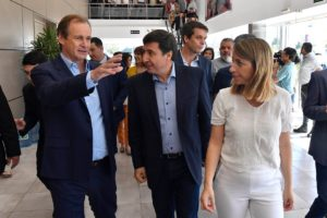 Se puso en marcha la entrega de tarjetas del Plan Argentina contra el Hambre