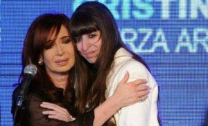 CFK viaja a Cuba para recibir Año Nuevo junto a su hija Florencia