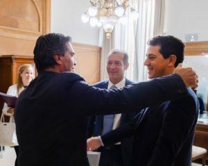 De Pedro profundiza el diálogo con los gobernadores   para «superar la crisis»