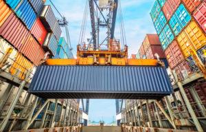 La balanza comercial arrojó un superávit de US$ 2.445 millones
