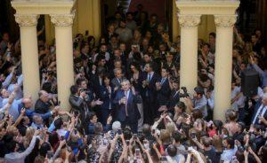 Alberto F. trazó como objetivo «llevar la inflación a un solo dígito» y confirmó la llegada al país de una misión del FMI