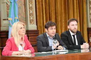 Con el objetivo de destrabar la ley impositiva, Kicillof convocó a los intendentes de JxC