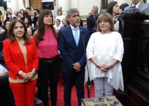 Quinteros «le tira un centro» a Llaryora: impulsa una comisión para evaluar los contratos de concesión firmados por Mestre