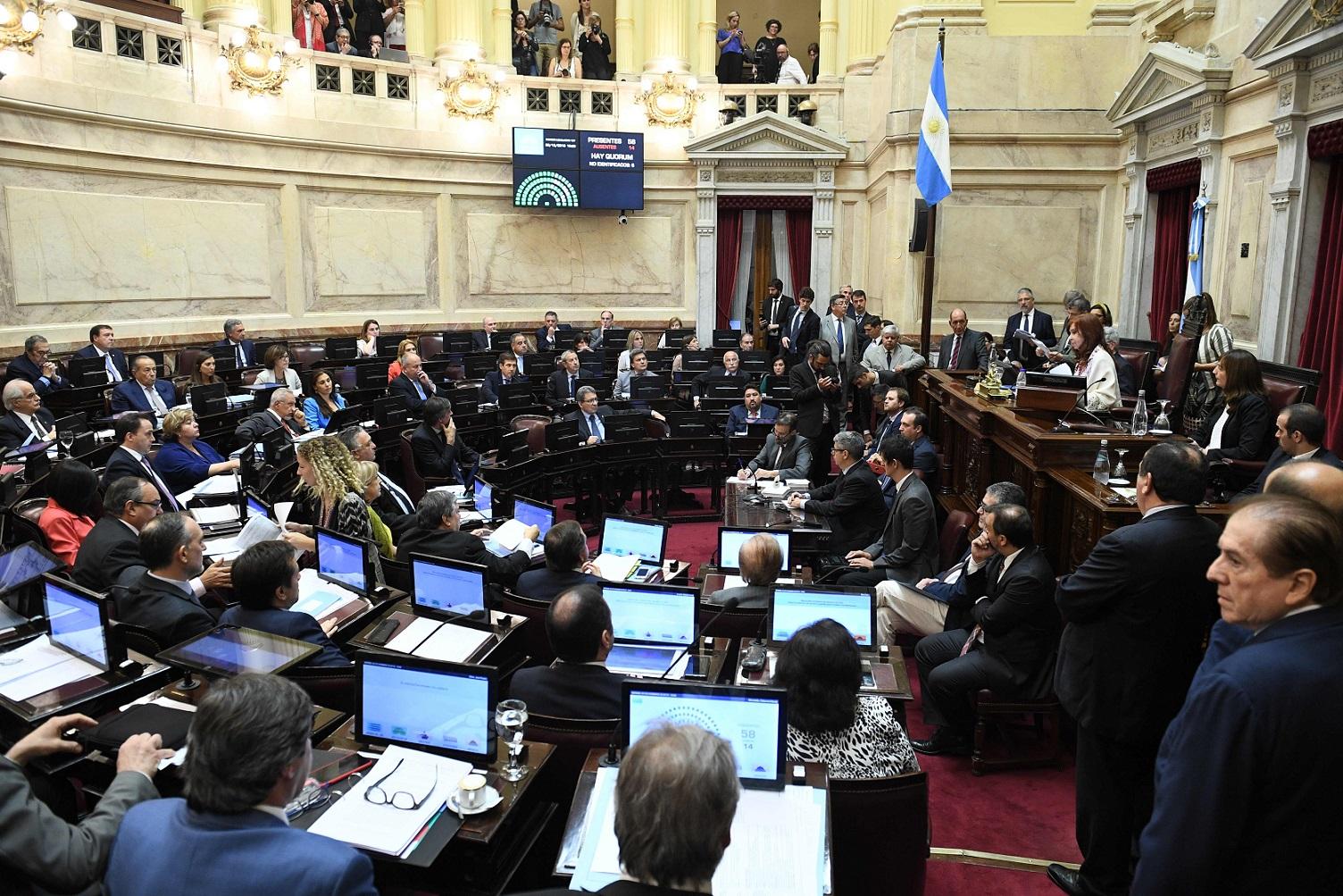 Senado: JxC propuso suspender por 180 días los aumentos de las dietas