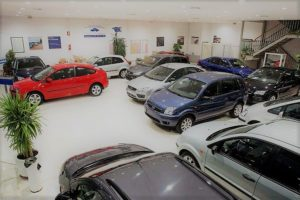 Las ventas de autos financiados cayeron 15% durante 2019