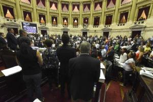 Diputados: Con amplio apoyo opositor, el oficialismo dio media sanción al proyecto de sostenibilidad de la deuda