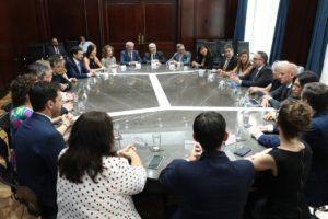"Kulfas planteó la ""agenda productiva del Siglo XXI"""