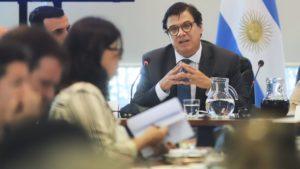 Moroni habló de «un piso a las paritarias de 2020» con el aumento salarial por decreto