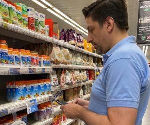Ministros del Gabinete albertista controlaron el cumplimiento de Precios Cuidados en supermercados