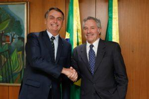 Bolsonaro le propuso a Solá reunirse con Fernández el 1 de marzo
