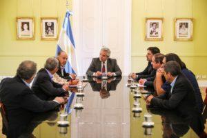El Presidente felicitó a los participantes de la paritaria docente por el acuerdo