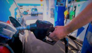 El Gobierno volvió a postergar el aumento en los combustibles