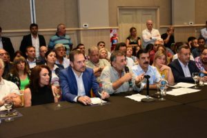Peronistas cordobeses encabezados por Caserio y Gill renovaron su apoyo explícito a Alberto F.