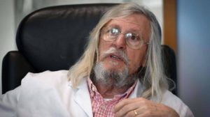 Autorizan en Francia el tratamiento sobre la base de cloroquina del infectólogo Raoult