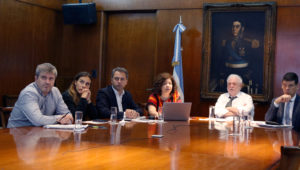 Coronavirus: para la cartera sanitaria, la Argentina «continúa en la fase de contención»