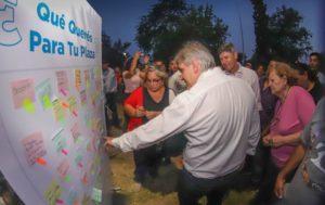 Llaryora reafirmó su decisión de profundizar el plan de descentralización
