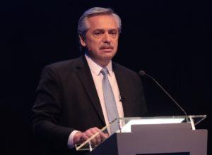 El proyecto K de crear un impuesto para los que entraron en el blanqueo fue respaldado por Fernández