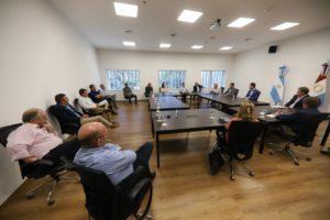 Calvo calificó como «positiva» la reunión con miembros de la oposición para analizar la emergencia sanitaria por el Covid-19