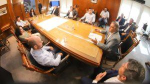 Diálogo «fructífero» entre Llaryora y ediles opositores para analizar la emergencia sanitaria por el Covid-19