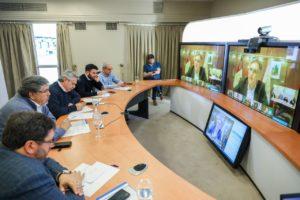 Llaryora expresó su apoyo a Fernández ante las medidas adoptadas por la pandemia de Covid-19