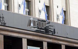 La AFIP dispuso la prorroga de la feria fiscal y extiende la suspensión de las exclusiones del monotributo