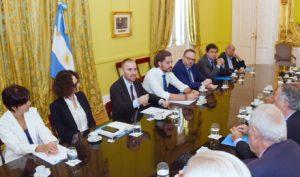 El Gabinete económico prepara nuevas medidas para aliviar la situación en las provincias