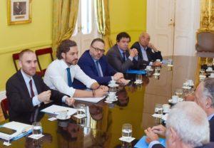 El Gobierno incorporó nuevas actividades al programa ATP y reglamentó los créditos para autónomos y monotributistas